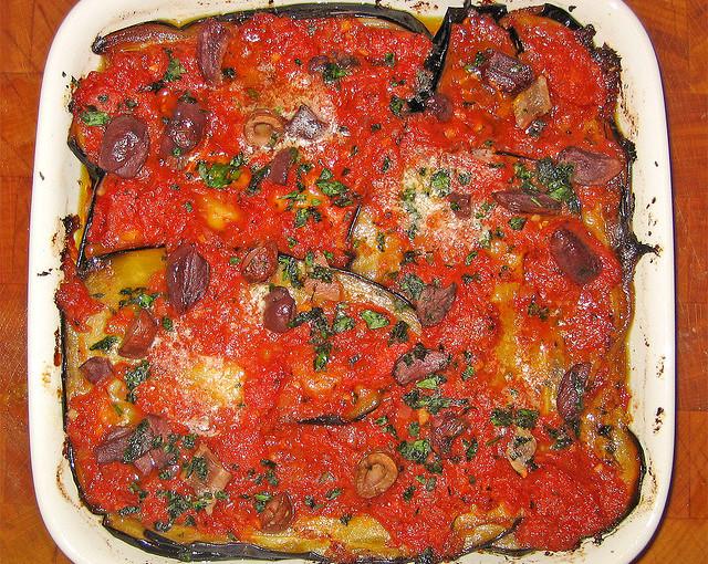 Potrawy Kuchni włoskiej i polskie mięso sezonowane